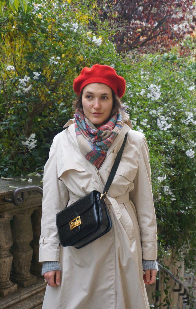 Outfit-Trenchcoat-Beret-Céline vintage Box Bag