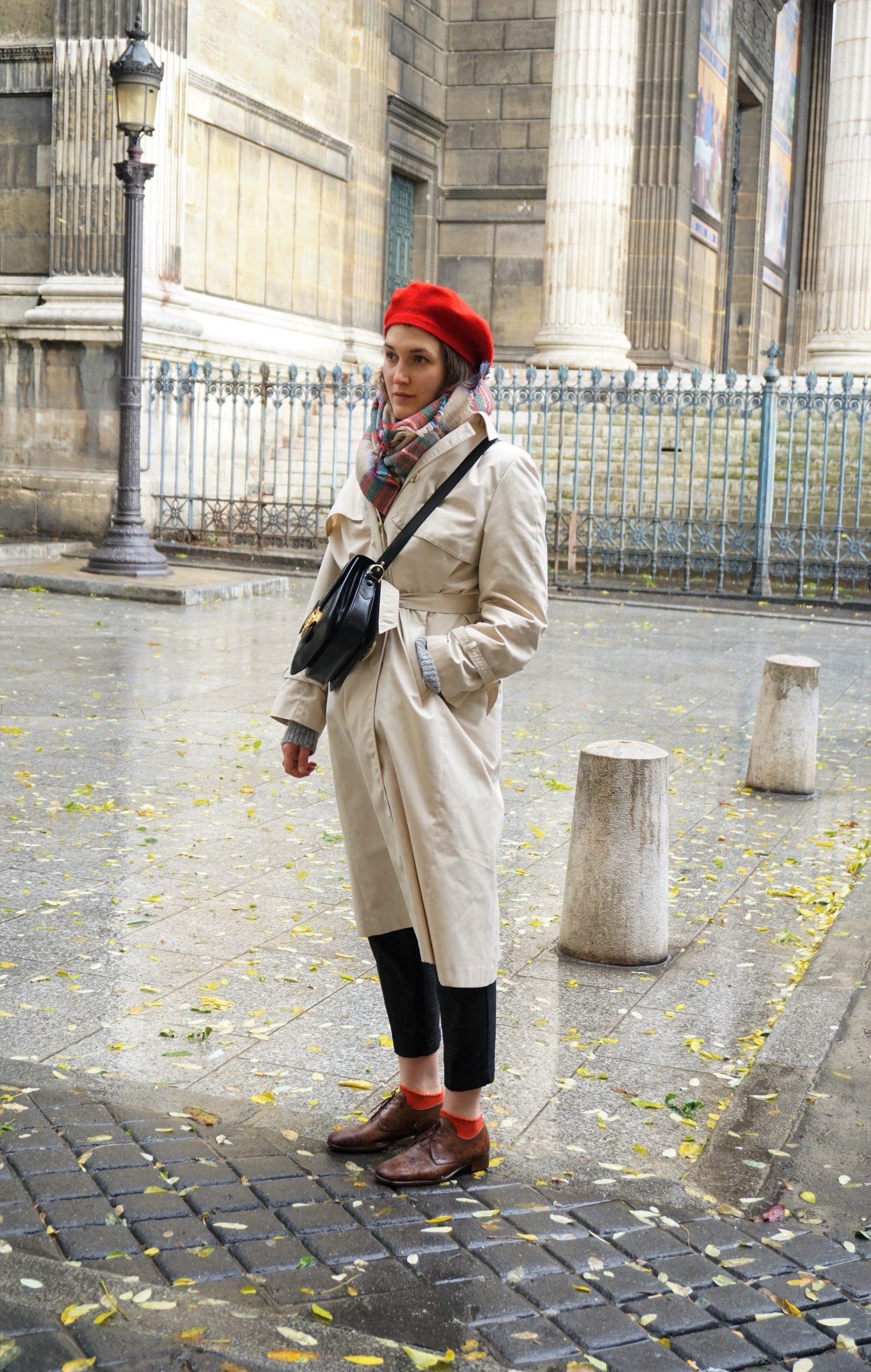 Outfit // à Paris: Trenchcoat, Beret and vintage Céline Box Bag